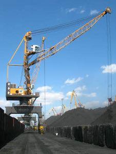 Liebherr_LPS_Portal_Harbour_Port_Crane_Hafenkran_ rail_mounted_gantry_schienengebunden_A_Yushny_Ukraine_10368-0_W300