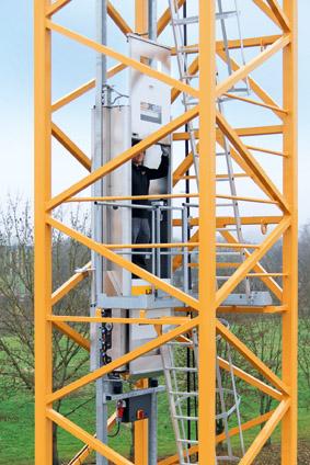 liebherr-tower-crane-elevator-liup-02-72dpi