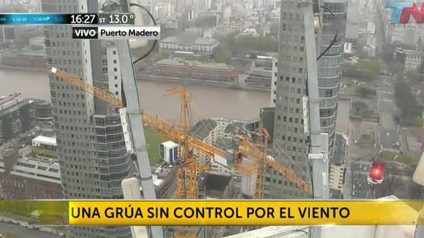 Sorpresa-provoco-curiosidad-Puerto-Madero_CLAIMA20150922_0252_28