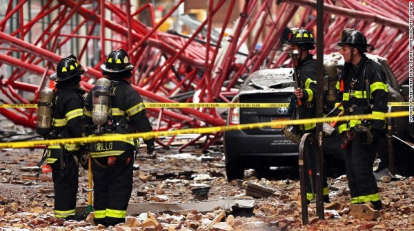160205134523-08-nyc-crane-collapse-0205-exlarge-169